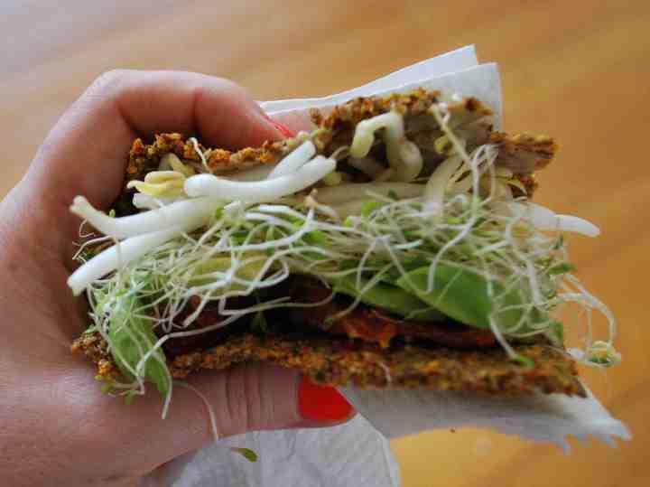 20180210C Sandwich tahinisauce.wordpress.com.jpg